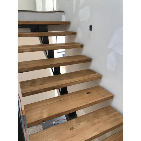 Eiche, Treppenstufe, Trittstufe, Holzstufe, Baumkante, Massivholz, 90x28x4cm