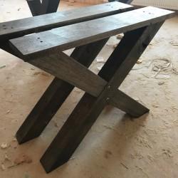 Jetzt neu im Prorgramm: Eichen-Tischkreuz BLACK 72 cm hoch!