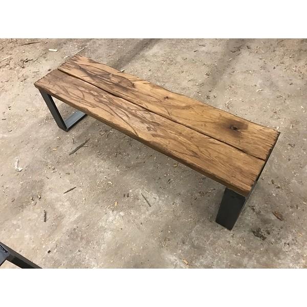 sitzbank altholz antik design industrial eichenbohlen im altholz stil auf kufengestell. Black Bedroom Furniture Sets. Home Design Ideas