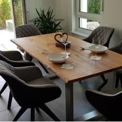Kundenprojekt: Tischplatte aus Eichenbohlen im Maß 180 x 90 x 3 cm!