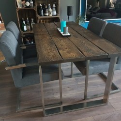 Kundenprojekt: Tisch aus vier Bohlen im