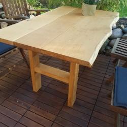 Kundenprojekt Gartentisch Aus Eichenbohlen Tischplatte