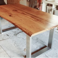 tisch aus bohlen khles beste kinderbett haus gestalten kchentisch idee mbel ideen tisch aus. Black Bedroom Furniture Sets. Home Design Ideas