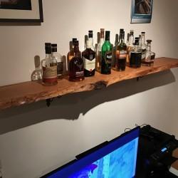 kundenprojekt whisky regal aus eichenbohle. Black Bedroom Furniture Sets. Home Design Ideas