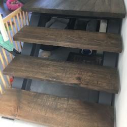 Kundenprojekt: Treppe aus Eiche gebürstet BLACK geölt!